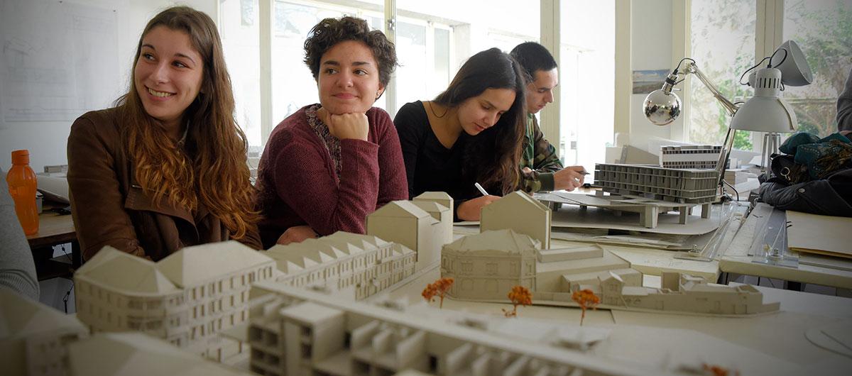 مدرسه معماری دانشگاه پورتو